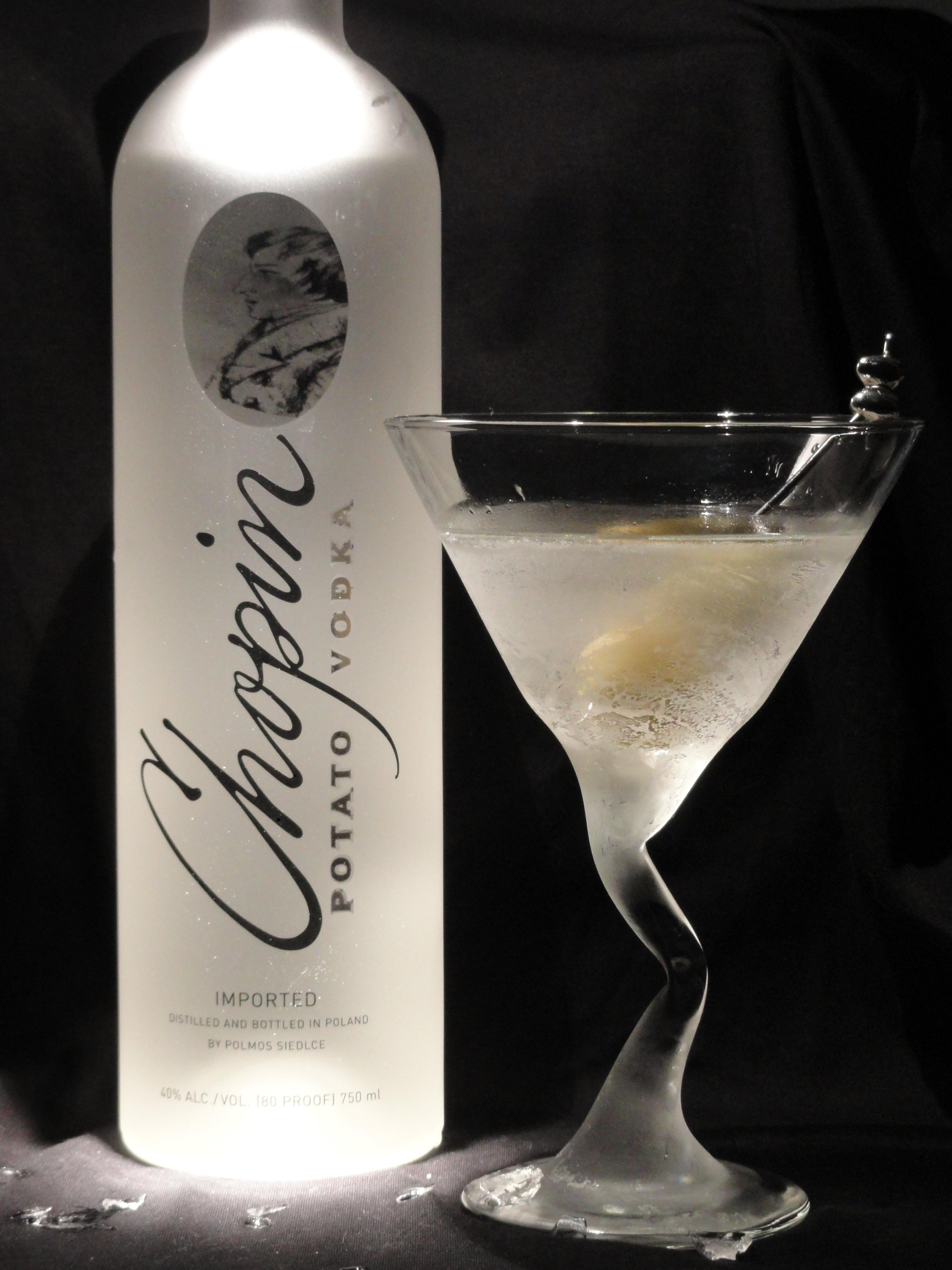 Recipe vodka martini the rebel bartender for Vodka martini